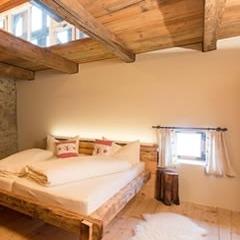 Tirol - Der Charme eines uralten Bauernhauses im Dreiländereck